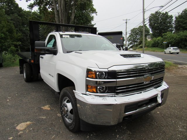 2018 Silverado 3500 Regular Cab DRW 4x4,  Reading Platform Body #28213 - photo 3