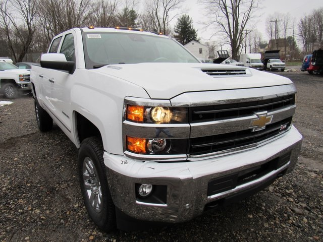2019 Silverado 2500 Crew Cab 4x4,  Pickup #28313 - photo 3