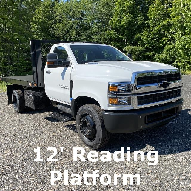 2019 Chevrolet Silverado 5500 Regular Cab DRW 4x2, Platform Body #28900 - photo 1