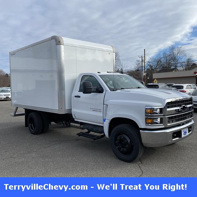 2020 Chevrolet Silverado Medium Duty Regular Cab DRW 4x2, Duramag Dry Freight #29336 - photo 1