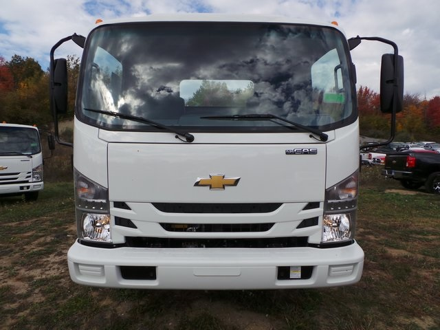 2016 Low Cab Forward Regular Cab, Cab Chassis #C160212 - photo 5