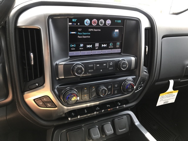 2017 Silverado 2500 Double Cab 4x4, Pickup #C170033 - photo 10
