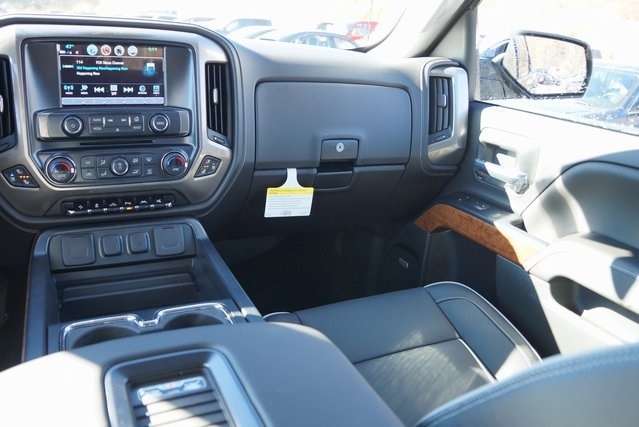 2017 Silverado 1500 Crew Cab 4x4, Pickup #C17190 - photo 16