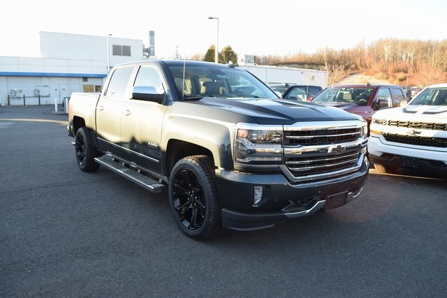 2017 Silverado 1500 Crew Cab 4x4, Pickup #C17191 - photo 3