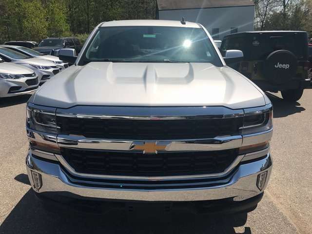 2017 Silverado 1500 Crew Cab 4x4, Pickup #C17502 - photo 2