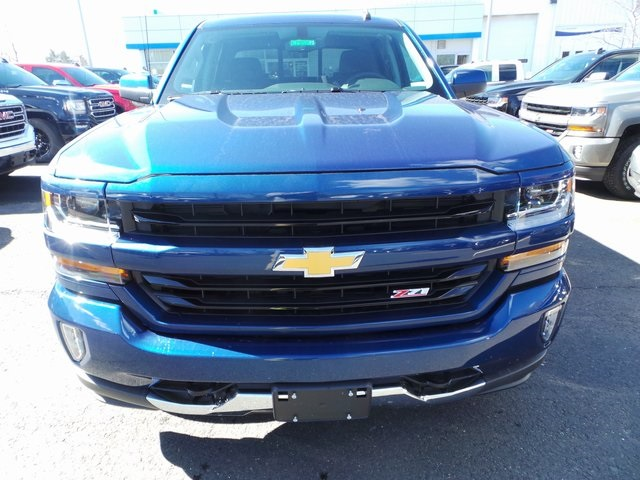 2017 Silverado 1500 Crew Cab 4x4, Pickup #C17514 - photo 2