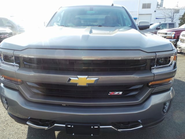2017 Silverado 1500 Crew Cab 4x4, Pickup #C17563 - photo 2