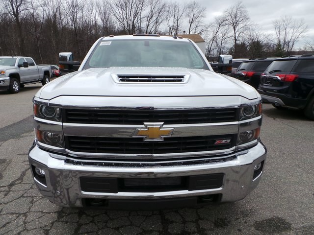 2017 Silverado 2500 Crew Cab 4x4, Pickup #C17722 - photo 3