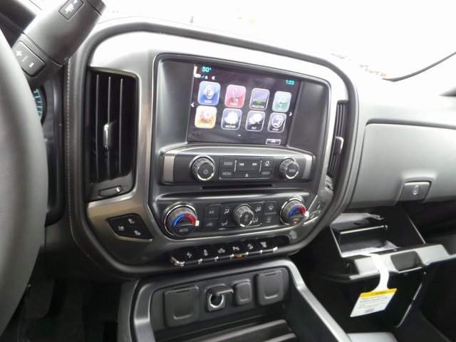 2017 Silverado 2500 Crew Cab 4x4, Pickup #C17723 - photo 10