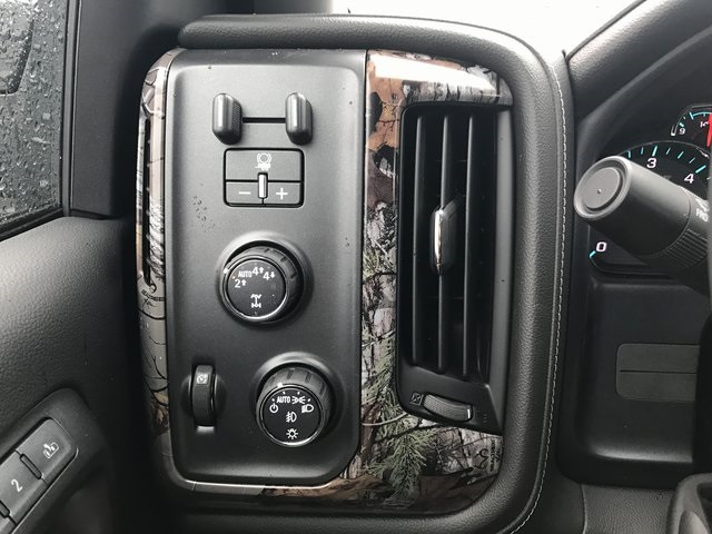 2017 Silverado 1500 Crew Cab 4x4, Pickup #C17768 - photo 13