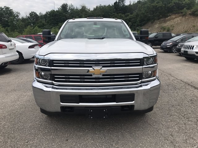 2017 Silverado 3500 Regular Cab 4x4, Cab Chassis #C17941 - photo 4