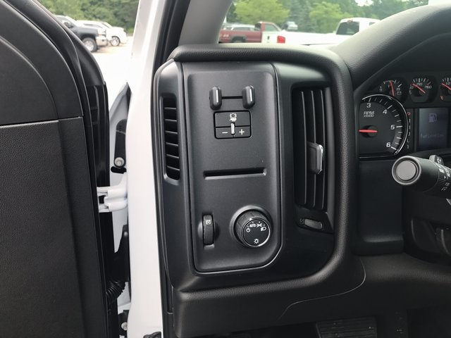 2017 Silverado 3500 Regular Cab 4x4, Cab Chassis #C17941 - photo 6
