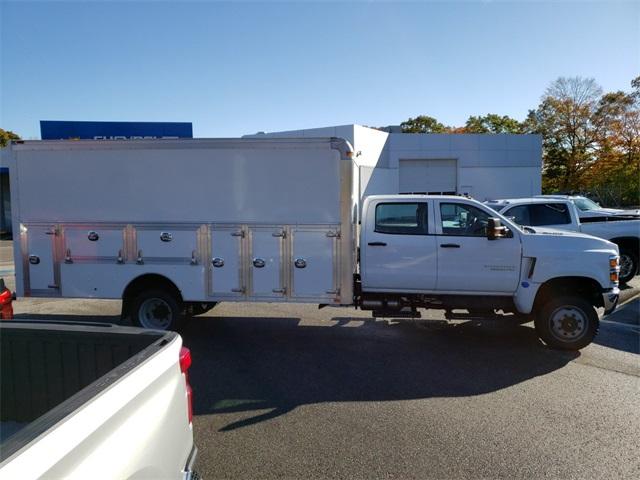 2019 Chevrolet Silverado 5500 Crew Cab DRW 4x4, Dejana DuraBox Dry Freight #E6586 - photo 3