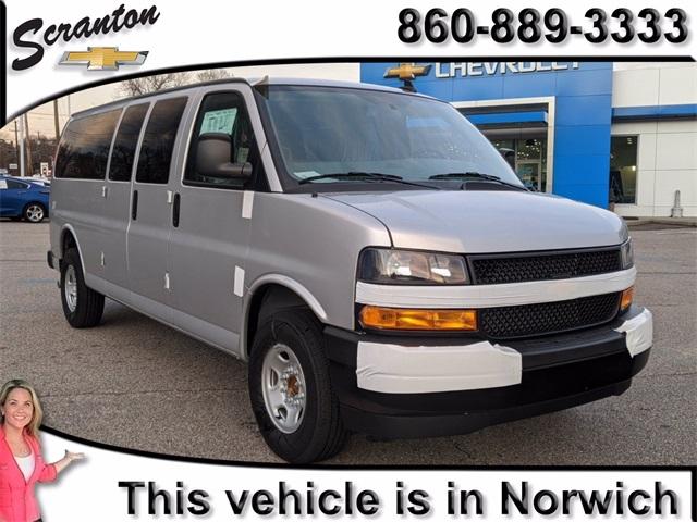 2020 Chevrolet Express 3500 4x2, Passenger Wagon #F7485 - photo 1