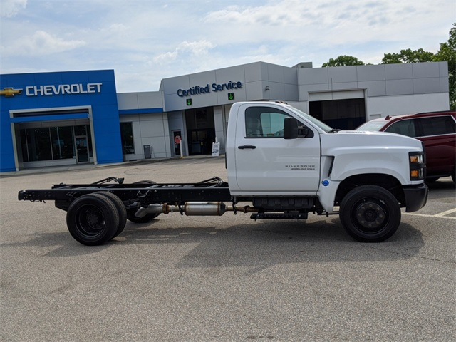 2020 Chevrolet Silverado Medium Duty Regular Cab DRW 4x2, Cab Chassis #SF7163 - photo 3