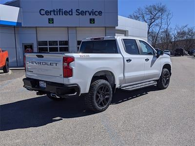 2021 Chevrolet Silverado 1500 Crew Cab 4x4, Pickup #SG7656 - photo 2