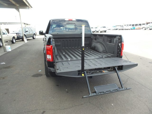 2016 F-150 SuperCrew Cab, Pickup #167502 - photo 13