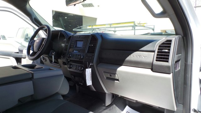 2017 F-550 Regular Cab DRW 4x2,  Crysteel Dump Body #176214 - photo 26