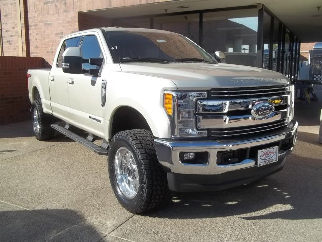 2017 F-250 Crew Cab 4x4, Pickup #176267 - photo 1