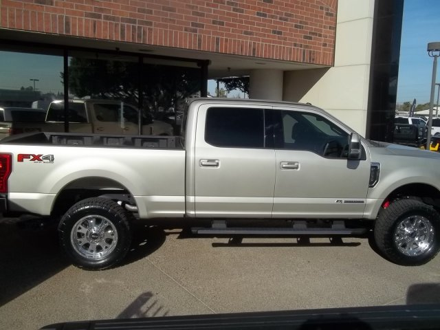 2017 F-250 Crew Cab 4x4, Pickup #176267 - photo 17
