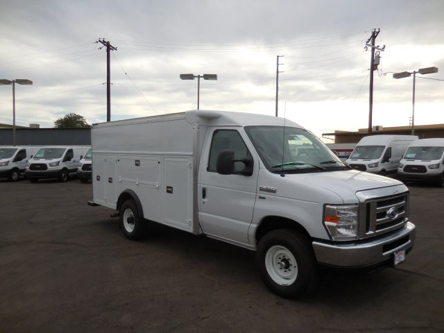 2017 E-350, Supreme Service Utility Van #176301 - photo 4