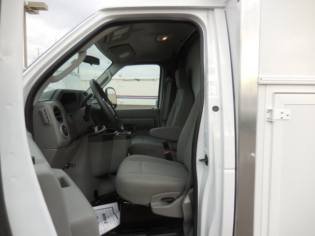 2017 E-350, Supreme Service Utility Van #176301 - photo 24