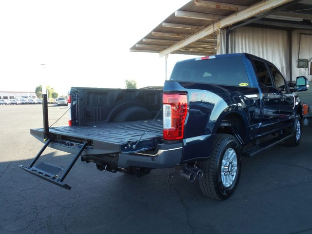 2017 F-250 Crew Cab 4x4, Pickup #176423 - photo 11