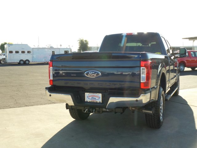 2017 F-250 Crew Cab 4x4, Pickup #176423 - photo 6