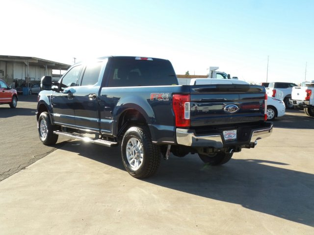 2017 F-250 Crew Cab 4x4, Pickup #176423 - photo 2