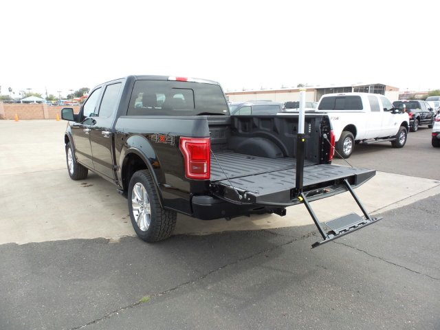 2017 F-150 SuperCrew Cab 4x4, Pickup #178159 - photo 11