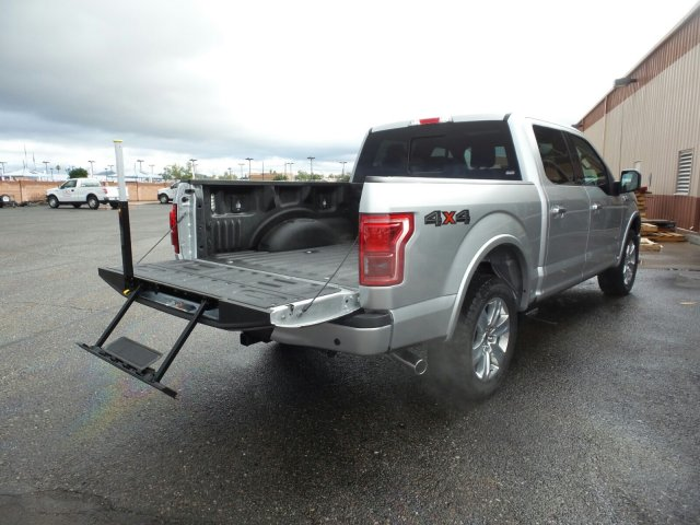2017 F-150 SuperCrew Cab 4x4, Pickup #178161 - photo 11