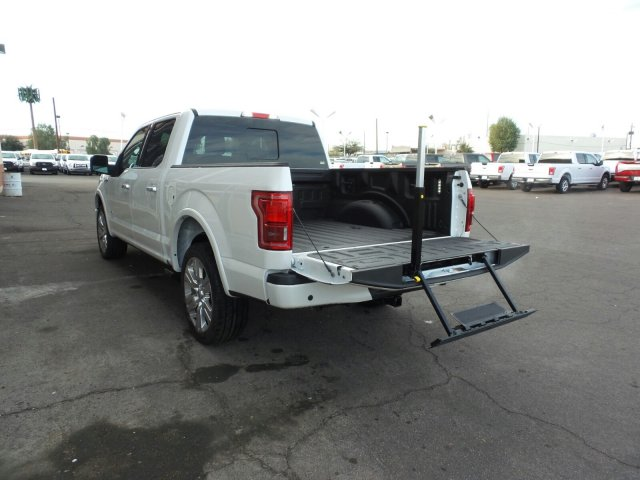 2017 F-150 SuperCrew Cab 4x4, Pickup #178171 - photo 11