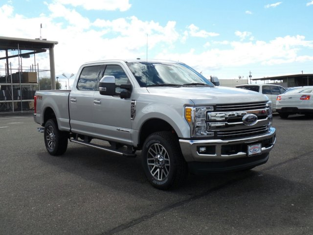 2017 F-250 Crew Cab 4x4, Pickup #178187 - photo 3