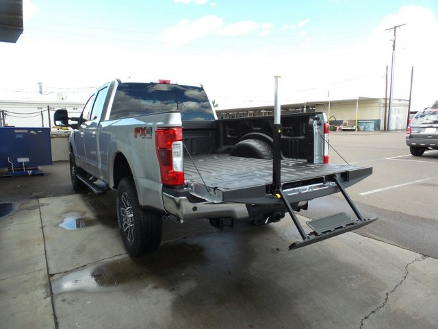 2017 F-250 Crew Cab 4x4, Pickup #178187 - photo 11