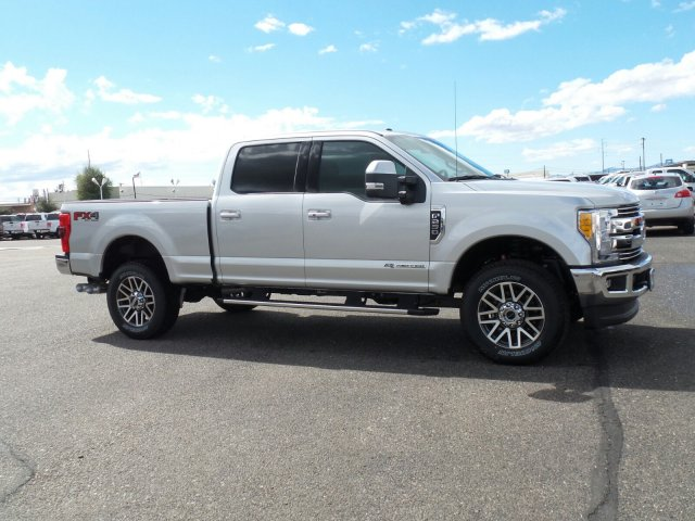 2017 F-250 Crew Cab 4x4, Pickup #178187 - photo 4