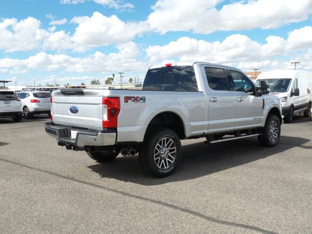 2017 F-250 Crew Cab 4x4, Pickup #178187 - photo 5
