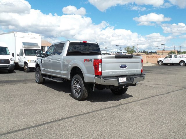 2017 F-250 Crew Cab 4x4, Pickup #178187 - photo 2