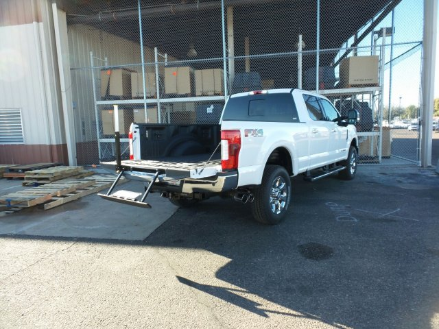 2017 F-250 Crew Cab 4x4, Pickup #178207 - photo 11