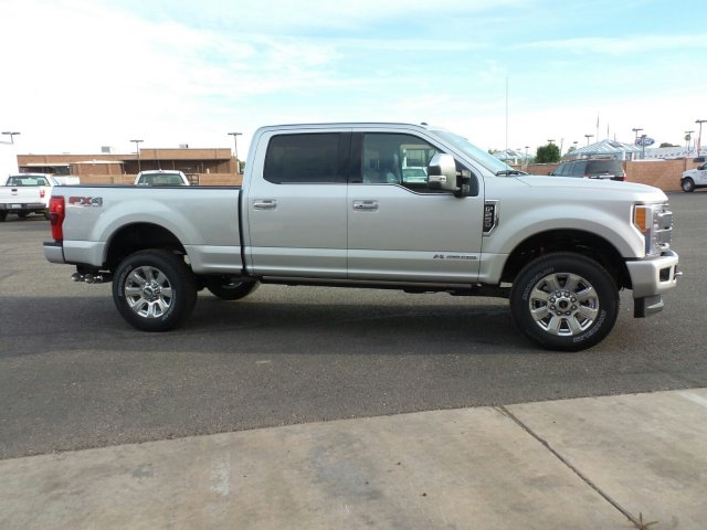 2017 F-250 Crew Cab 4x4, Pickup #178236 - photo 4