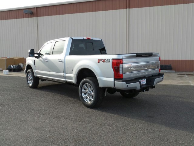 2017 F-250 Crew Cab 4x4, Pickup #178236 - photo 2