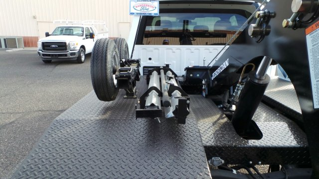 2017 F-450 Super Cab DRW 4x2,  Jerr-Dan Wrecker Body #178876 - photo 8