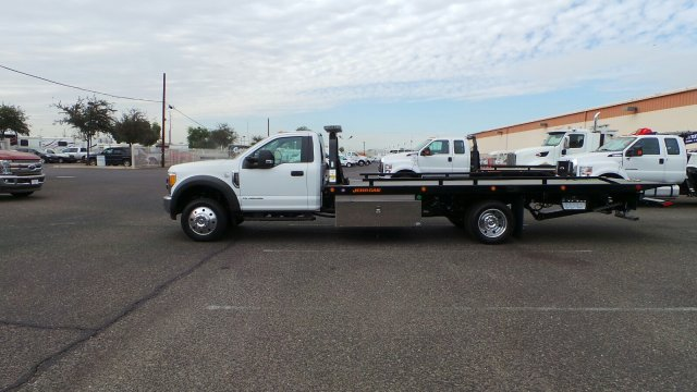 2017 F-550 Regular Cab DRW 4x2,  Jerr-Dan Rollback Body #179765 - photo 3