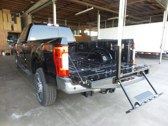 2018 F-350 Crew Cab 4x4,  Pickup #186243 - photo 10