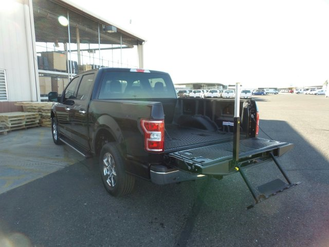 2018 F-150 SuperCrew Cab 4x2,  Pickup #188608 - photo 11