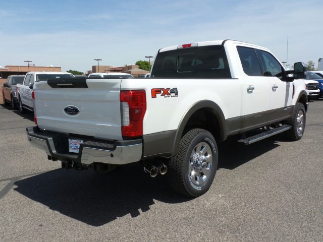 2018 F-250 Crew Cab 4x4, Pickup #189273 - photo 5