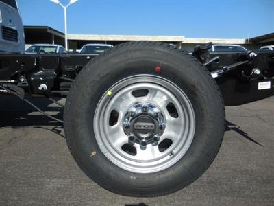 2019 F-350 Regular Cab 4x2,  Cab Chassis #193974 - photo 25