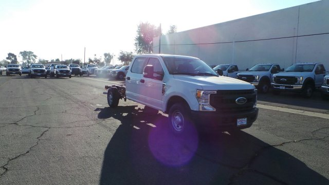 2020 Ford F-250 Crew Cab RWD, Cab Chassis #203068 - photo 1