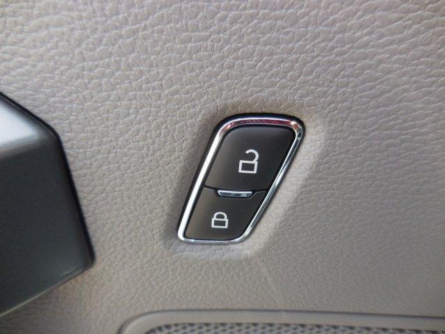 2019 F-550 Super Cab DRW 4x4,  Jerr-Dan Wrecker Body #B90105 - photo 10