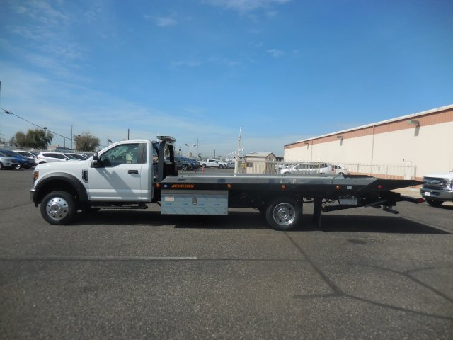 2019 F-550 Regular Cab DRW 4x2,  Jerr-Dan Rollback Body #B90106 - photo 4