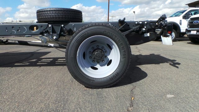 2019 F-450 Regular Cab DRW 4x2,  Cab Chassis #F90042 - photo 27